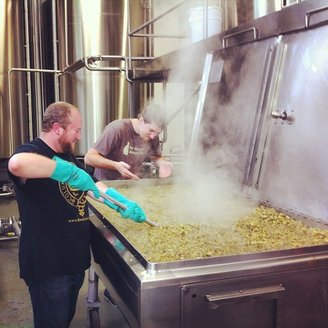 Hey #homebrewers! Want the chance to brew your recipe with our crew? Enter this year's #UpCup competition and this could be you. The first place winner will brew with our crew at our production facility and have his/her beer on tap at Upland retail locations and other selected bars. Sound good? Get the details on our event calendar uplandbeer.com/events #craftbeer