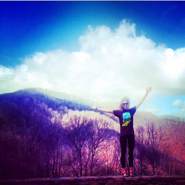 Where will the weekend take you?  @ali_lin sporting our #Indiana hills shirt on the Tennessee/North Carolina State Line. #regram #weekend #uplandbrewco