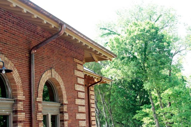 columbus pump house